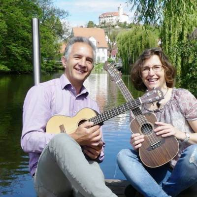 ukulele-b